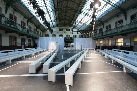 Location & Setting Givenchy SS13