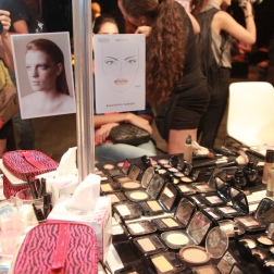 BAF Week / Backstage Dia #2 - Makeup & Hair